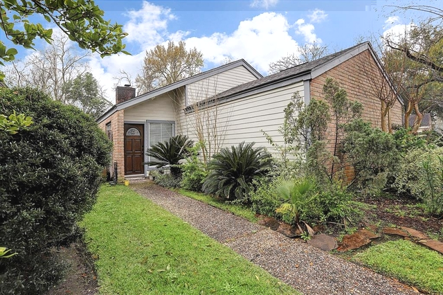 3 Bedrooms, Ashford Village Rental in Houston for $1,799 - Photo 1