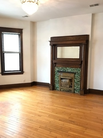3 Bedrooms, Uptown Rental in Chicago, IL for $2,100 - Photo 2