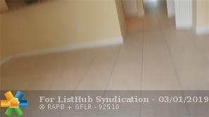 3 Bedrooms, Hampton Park Rental in Miami, FL for $1,850 - Photo 2