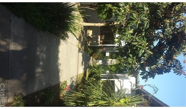 3 Bedrooms, Van Nuys Rental in Los Angeles, CA for $2,550 - Photo 2