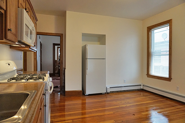 4 Bedrooms, South Side Rental in Boston, MA for $3,100 - Photo 2