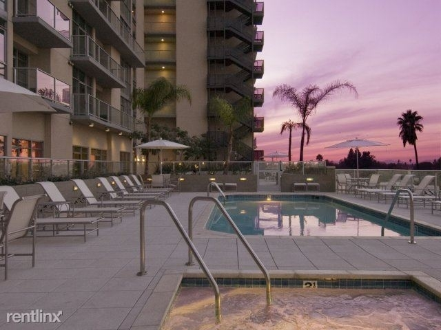 2 Bedrooms, Mid-Town North Hollywood Rental in Los Angeles, CA for $3,422 - Photo 1