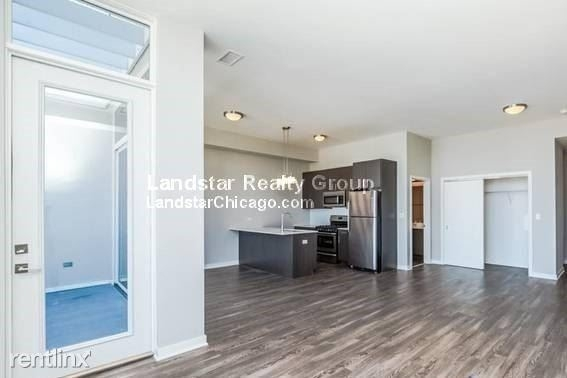 3 Bedrooms, Goose Island Rental in Chicago, IL for $3,450 - Photo 1
