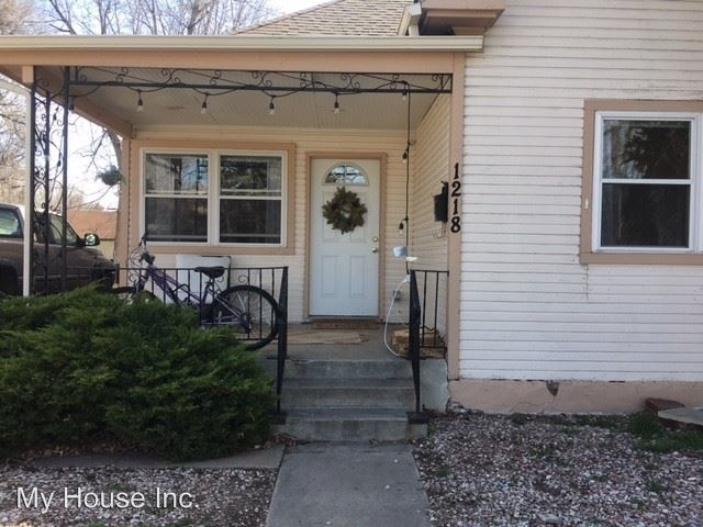 3 Bedrooms, Historic Fort Collins High School Rental in Fort Collins, CO for $2,275 - Photo 2