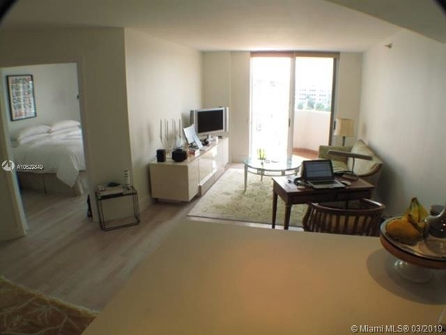 2 Bedrooms, West Avenue Rental in Miami, FL for $2,200 - Photo 2