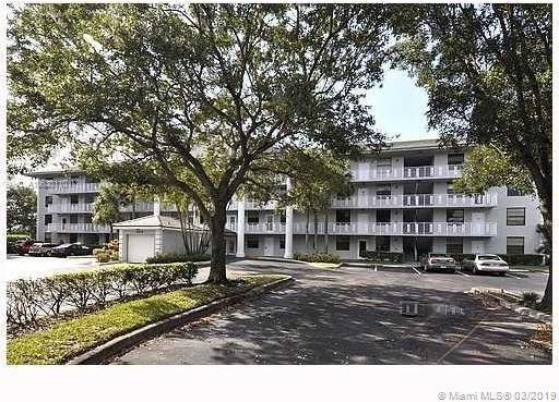 2 Bedrooms, Whitehall of Pine Island Rental in Miami, FL for $1,500 - Photo 2