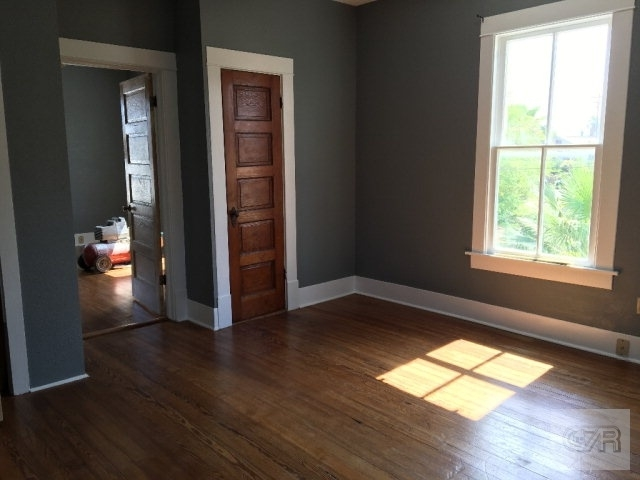 2 Bedrooms, East End Historic District Rental in Houston for $950 - Photo 2