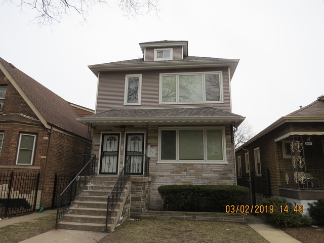 3 Bedrooms, South Chicago Rental in Chicago, IL for $1,400 - Photo 1
