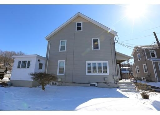 4 Bedrooms, Newtonville Rental in Boston, MA for $2,500 - Photo 1