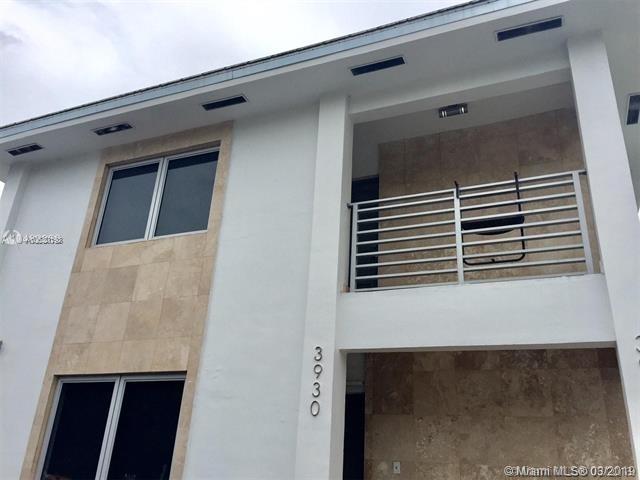 2 Bedrooms, Riviera Rental in Miami, FL for $2,240 - Photo 1