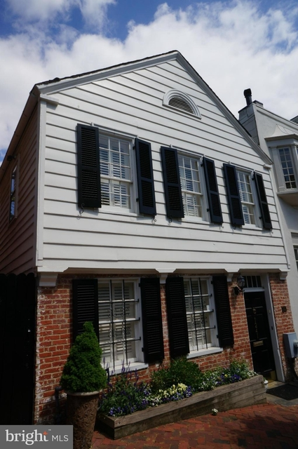 3 Bedrooms, East Village Rental in Washington, DC for $5,599 - Photo 1