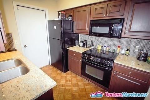 1 Bedroom, Oaks on Kirkwood Condominiums Rental in Houston for $1,000 - Photo 1