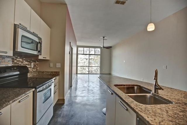 2 Bedrooms, Castleberry Hill Rental in Atlanta, GA for $1,725 - Photo 2