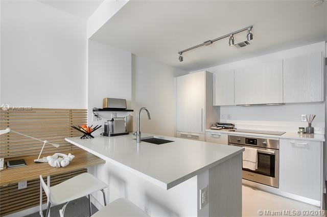 1 Bedroom, Haines Bayfront Rental in Miami, FL for $2,400 - Photo 2