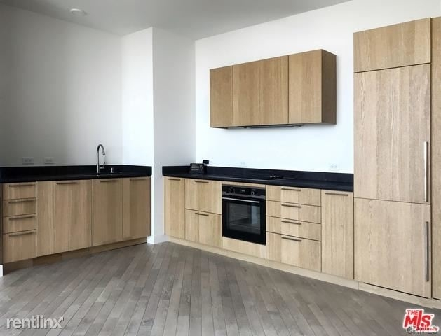 1 Bedroom, Central Hollywood Rental in Los Angeles, CA for $3,935 - Photo 2