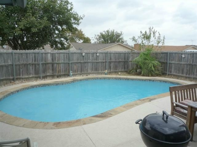 3 Bedrooms, The Colony Rental in Dallas for $1,750 - Photo 1