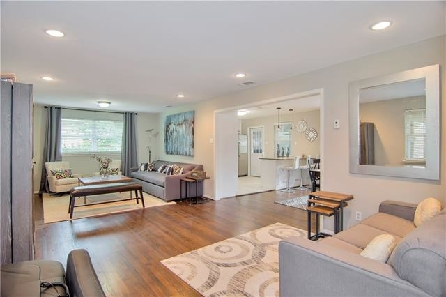 3 Bedrooms, Claremont Rental in Dallas for $3,200 - Photo 1