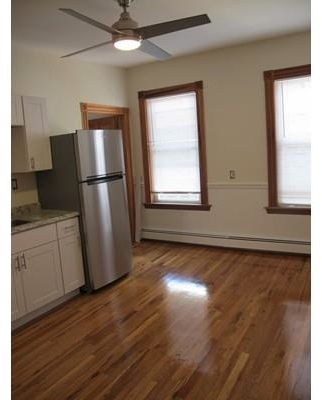 2 Bedrooms, East Cambridge Rental in Boston, MA for $2,400 - Photo 2