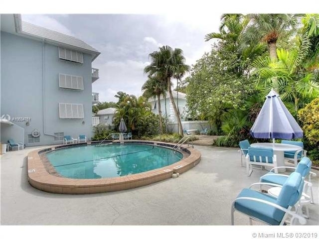 2 Bedrooms, Riviera Rental in Miami, FL for $2,490 - Photo 2