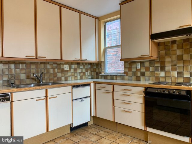1 Bedroom, Rittenhouse Square Rental in Philadelphia, PA for $2,000 - Photo 2