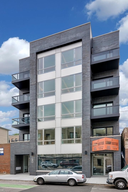3 Bedrooms, Goose Island Rental in Chicago, IL for $4,575 - Photo 1