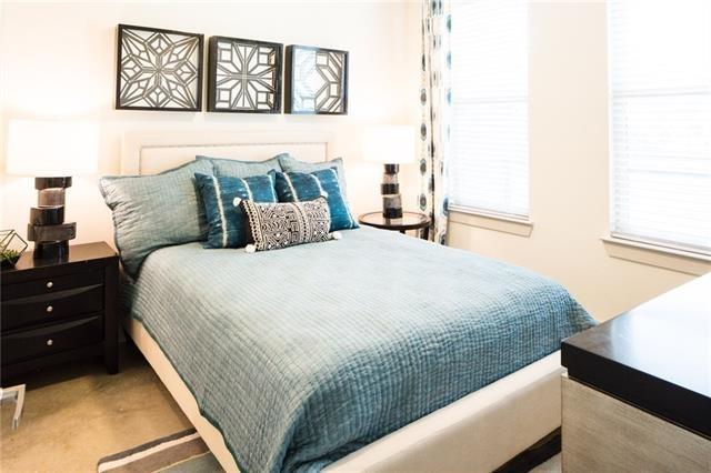 1 Bedroom, Tarrant County Rental in Dallas for $1,275 - Photo 2