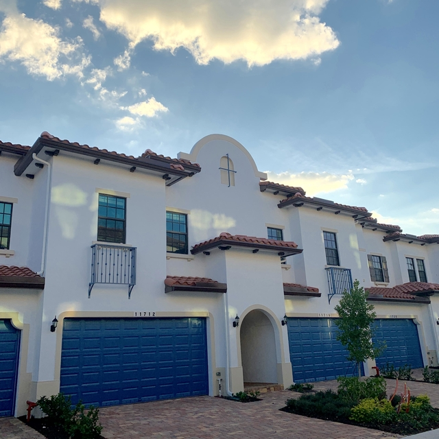 3 Bedrooms, Rexmere Village Rental in Miami, FL for $2,700 - Photo 1
