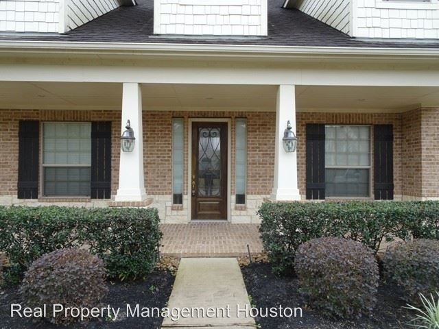 4 Bedrooms, Lakemont Cove Rental in Houston for $2,400 - Photo 2