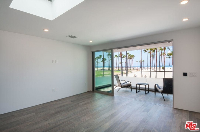 2 Bedrooms, Venice Beach Rental in Los Angeles, CA for $5,950 - Photo 1