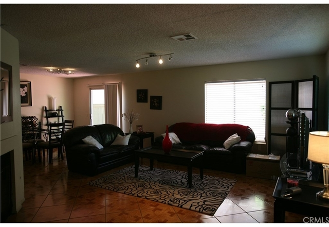 3 Bedrooms, Southwest Rancho Cucamonga Rental in Los Angeles, CA for $2,000 - Photo 2