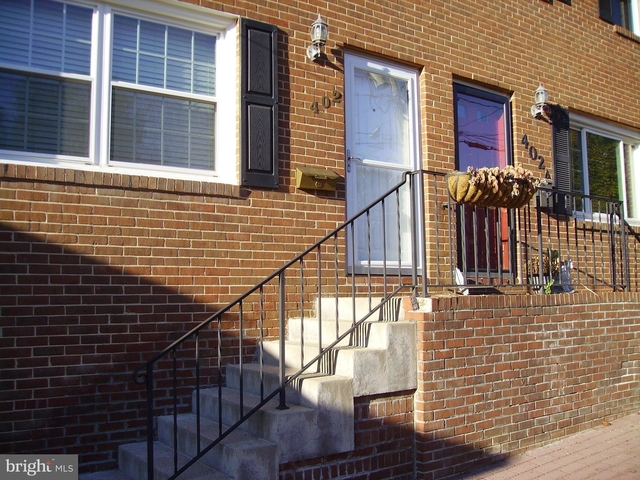 3 Bedrooms, Del Ray Rental in Washington, DC for $3,200 - Photo 2