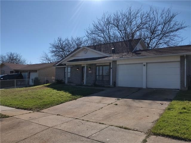 4 Bedrooms, Harvest Hills Rental in Dallas for $1,500 - Photo 2