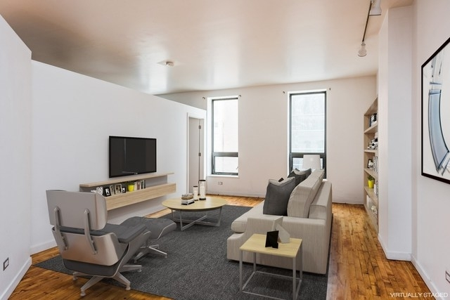 2 Bedrooms, River North Rental in Chicago, IL for $2,400 - Photo 2