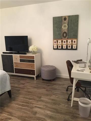 1 Bedroom, Lovers Lane Rental in Dallas for $1,250 - Photo 2