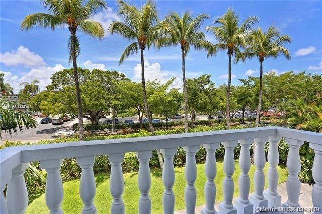 2 Bedrooms, Riviera Rental in Miami, FL for $2,100 - Photo 2