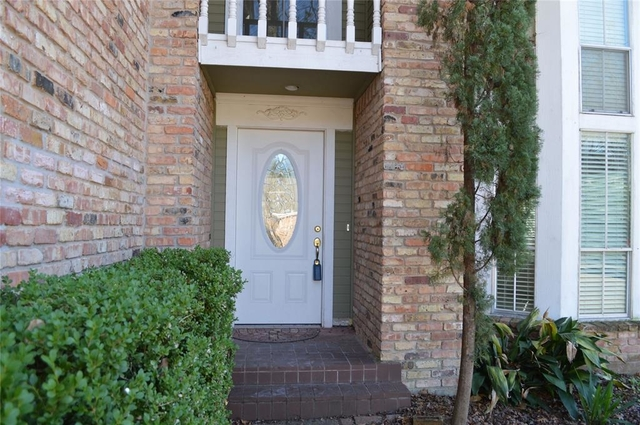 3 Bedrooms, Village West Rental in Houston for $1,800 - Photo 2