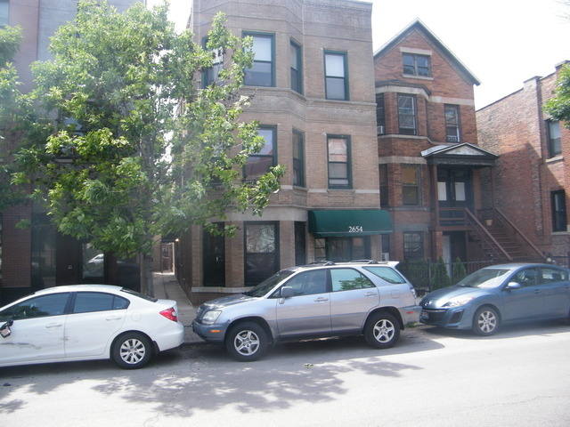 2 Bedrooms, Lathrop Rental in Chicago, IL for $1,700 - Photo 1