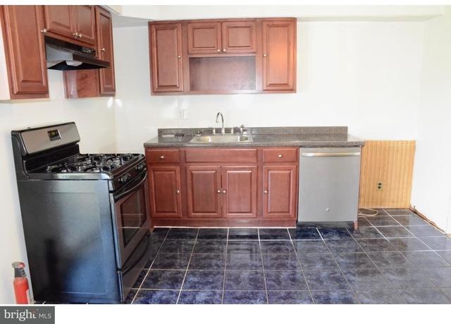 3 Bedrooms, Glassboro Rental in Philadelphia, PA for $1,800 - Photo 2
