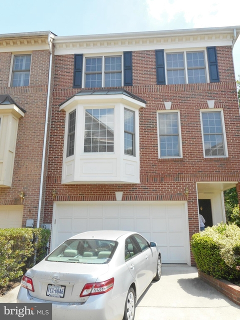 3 Bedrooms, Stonegate Park Rental in Washington, DC for $3,195 - Photo 1