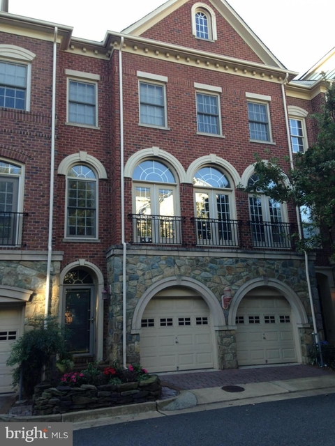 4 Bedrooms, Cameron Station Rental in Washington, DC for $3,800 - Photo 1