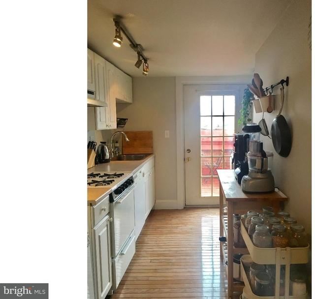 1 Bedroom, Rittenhouse Square Rental in Philadelphia, PA for $1,995 - Photo 2