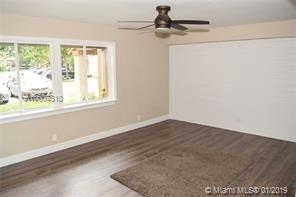 3 Bedrooms, Wimbledon at Jacaranda Rental in Miami, FL for $2,000 - Photo 2