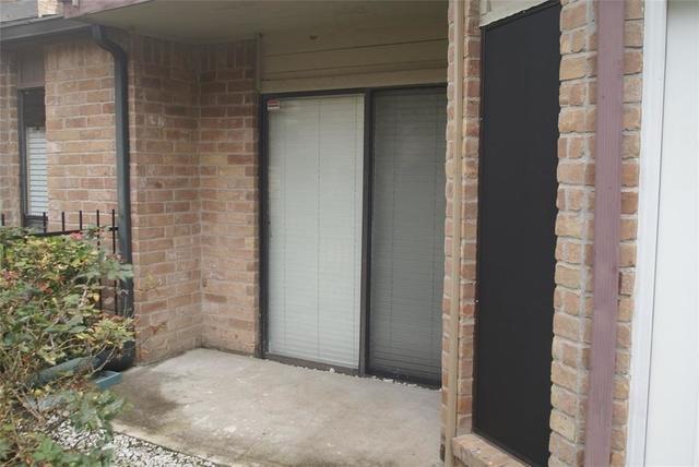 2 Bedrooms, Sugar Creek Rental in Houston for $1,450 - Photo 2