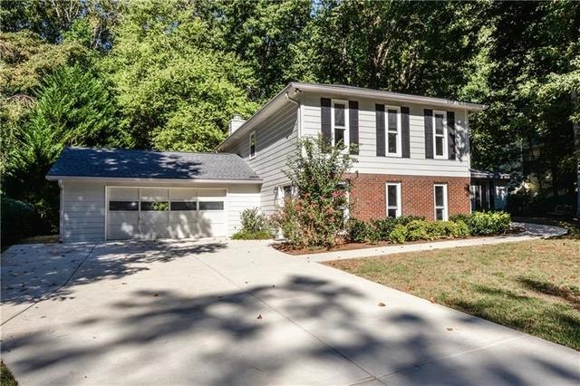 4 Bedrooms, Chimney Springs Rental in Atlanta, GA for $2,400 - Photo 2