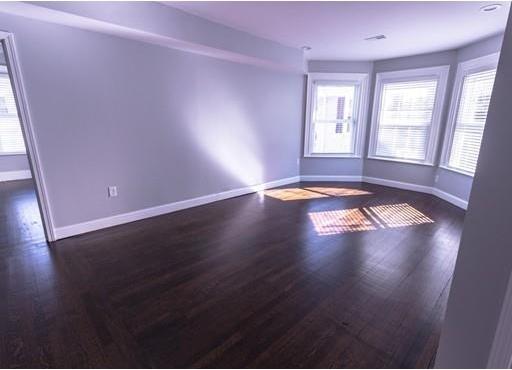3 Bedrooms, Washington Park Rental in Boston, MA for $2,700 - Photo 2