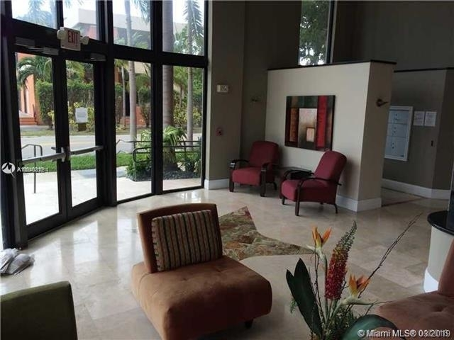 2 Bedrooms, Webster Terrace Rental in Miami, FL for $1,800 - Photo 2