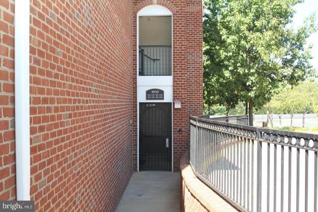 2 Bedrooms, Landmark - Van Dorn Rental in Washington, DC for $1,800 - Photo 2