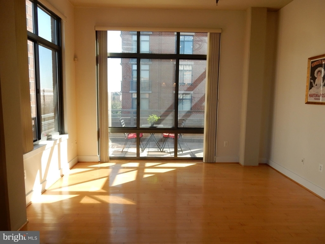 1 Bedroom, Carlyle Square Condominiums Rental in Washington, DC for $2,550 - Photo 2