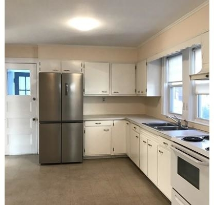 3 Bedrooms, Wollaston Rental in Boston, MA for $2,200 - Photo 1