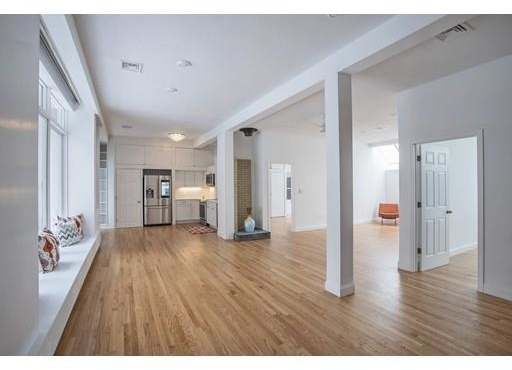 2 Bedrooms, Thompson Square - Bunker Hill Rental in Boston, MA for $5,500 - Photo 1